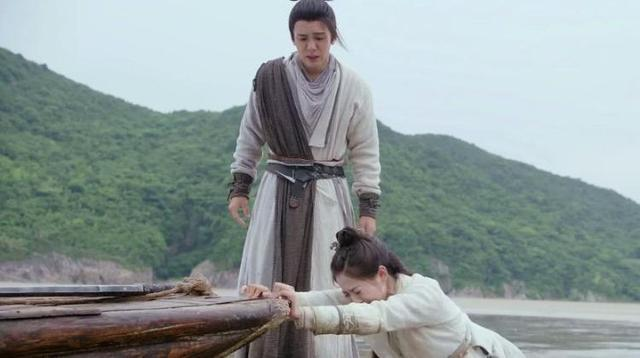 Chu Chỉ Nhược có bị Tống Thanh Thư và đệ tử Cái Bang cưỡng hiếp?-3