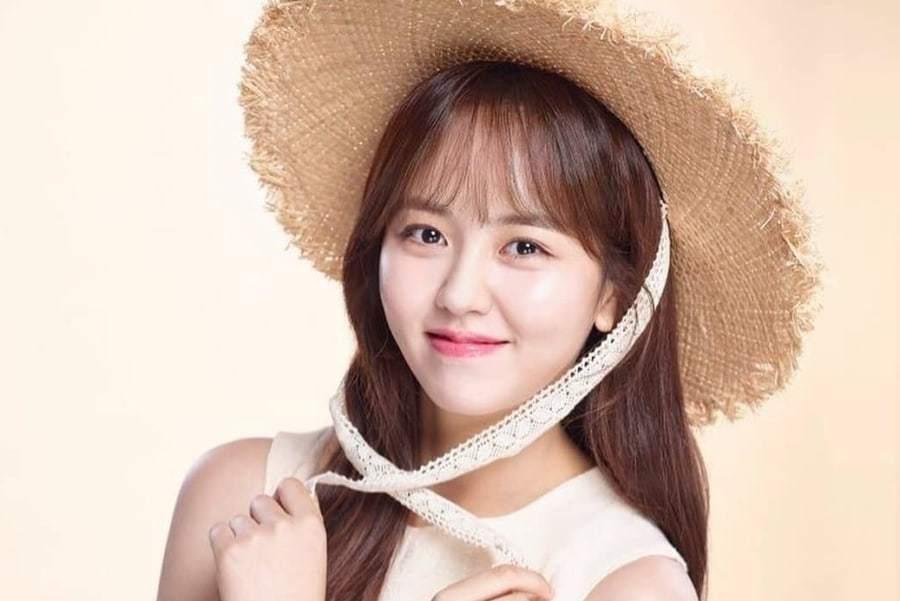 Em gái mưa Kim So Hyun được khen ngợi hết lời nhờ hoạt động quyên góp từ thiện-1