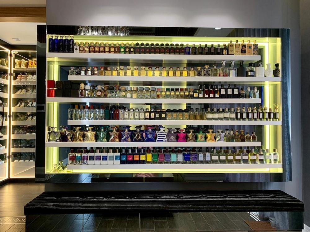 Choáng với bộ sưu tập hàng trăm chai nước hoa hàng hiệu đắt giá của Trấn Thành-1