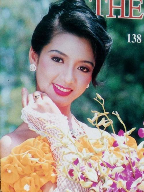 Nhan sắc nghiêng nước nghiêng thành con gái Nữ hoàng ảnh lịch nổi đình đám 20 năm trước-1