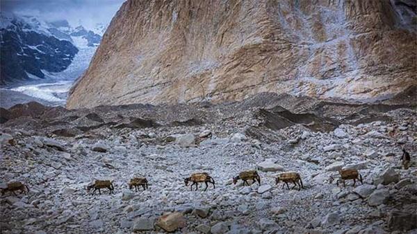 Nơi nguy hiểm nhất ở Trung Quốc được ví như thung lũng chết chóc-4