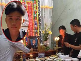 Nhức nhối trong tuần: Bạn gái kẻ đâm chết người chỉ vì bị nhắc vượt đèn đỏ có mặt ở đám tang vì mục đích gì?