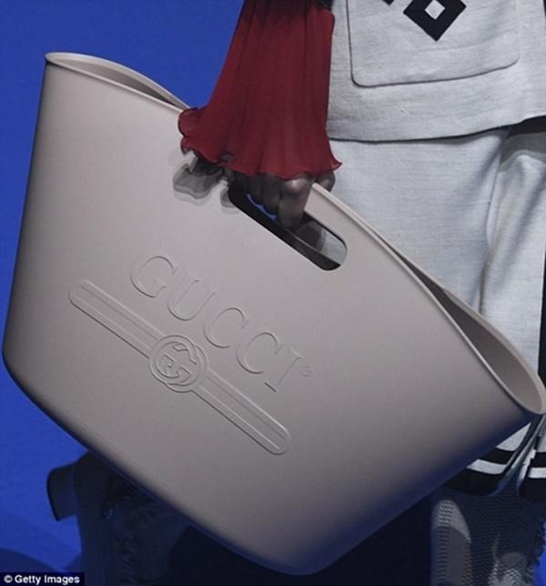 Túi xách 120 triệu đồng, sơ mi 24 triệu đồng bị chê như hàng chợ-4
