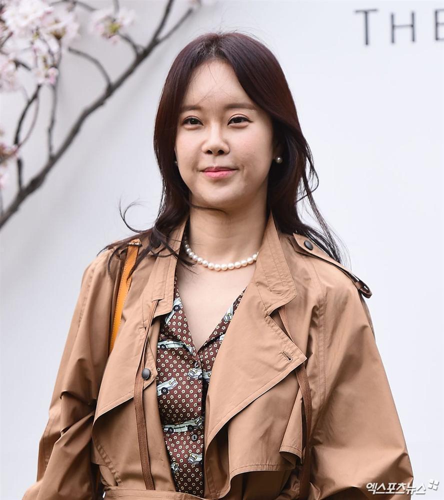 Dàn mỹ nhân đình đám khoe nhan sắc bất phân thắng bại tại hôn lễ của Ảnh hậu xứ Hàn-9