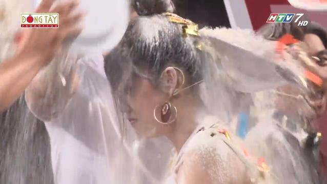 Puka rũ váy nhưng các thánh soi đã nhanh tay chụp lại khoảnh khắc lộ nội y trên sóng truyền hình-2