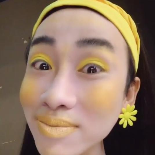 Hải Triều chào buổi sáng với khuôn mặt trang điểm vàng khè khiến fan vừa giật mình vừa buồn cười-5