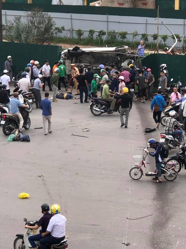 Tai nạn kinh hoàng ở Cầu Giấy, Hà Nội: Nữ tài xế lái Mercedes tông loạt xe máy, nhiều người hoảng loạn-5