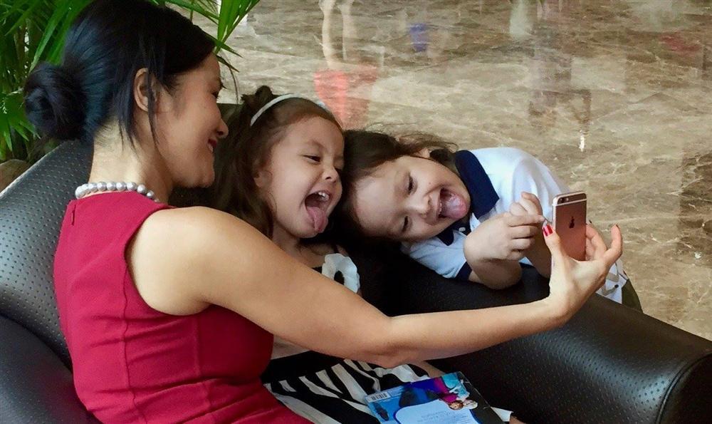 Được bạn bè động viên giữa thời điểm chồng cũ kết hôn, Hồng Nhung lạc quan: Cuộc đời có bao lâu mà hững hờ-6