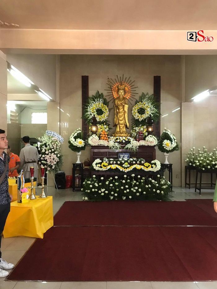 Clip: Thi thể Anh Vũ chính thức về Việt Nam, em gái bàng hoàng đến khóc nghẹn trước linh cữu-7