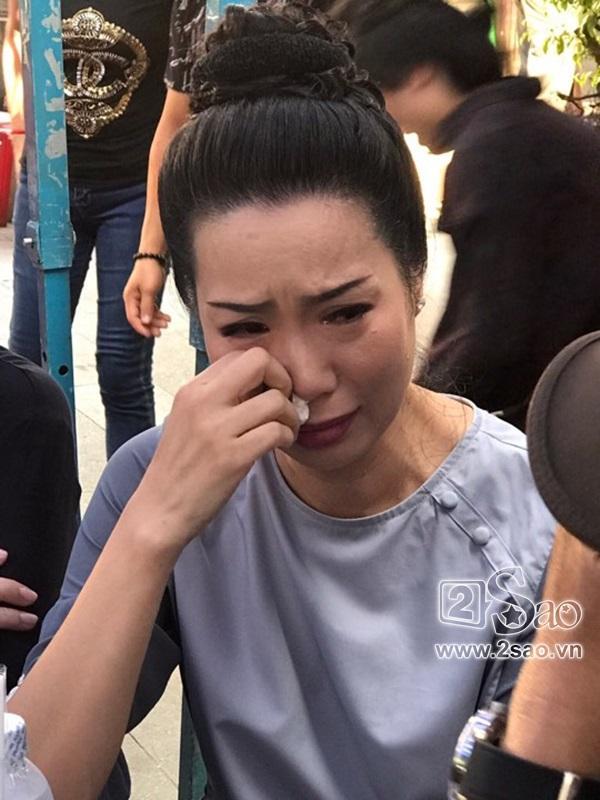 Á hậu Trịnh Kim Chi - Nghệ sĩ Hồng Tơ tiếc thương sự ra đi của Anh Vũ-1