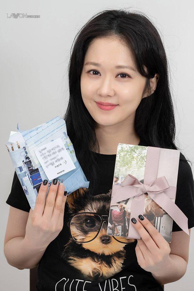 Jang Na Ra gây ngỡ ngàng với nhan sắc trẻ đẹp xứng danh mỹ nhân không tuổi-2