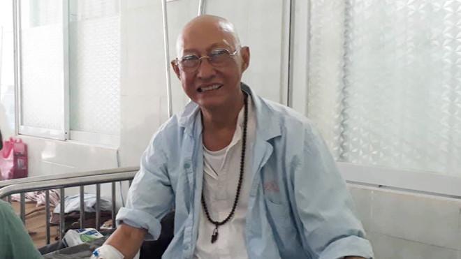Dù bản thân đang bệnh nặng, cách nghệ sĩ Lê Bình chia sẻ nỗi đau với diễn viên Hoàng Lan vẫn khiến nhiều người rơi lệ-2