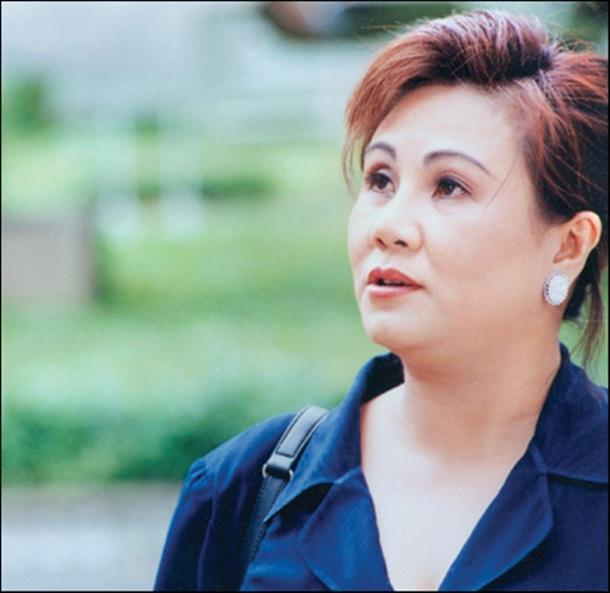 Dù bản thân đang bệnh nặng, cách nghệ sĩ Lê Bình chia sẻ nỗi đau với diễn viên Hoàng Lan vẫn khiến nhiều người rơi lệ-5