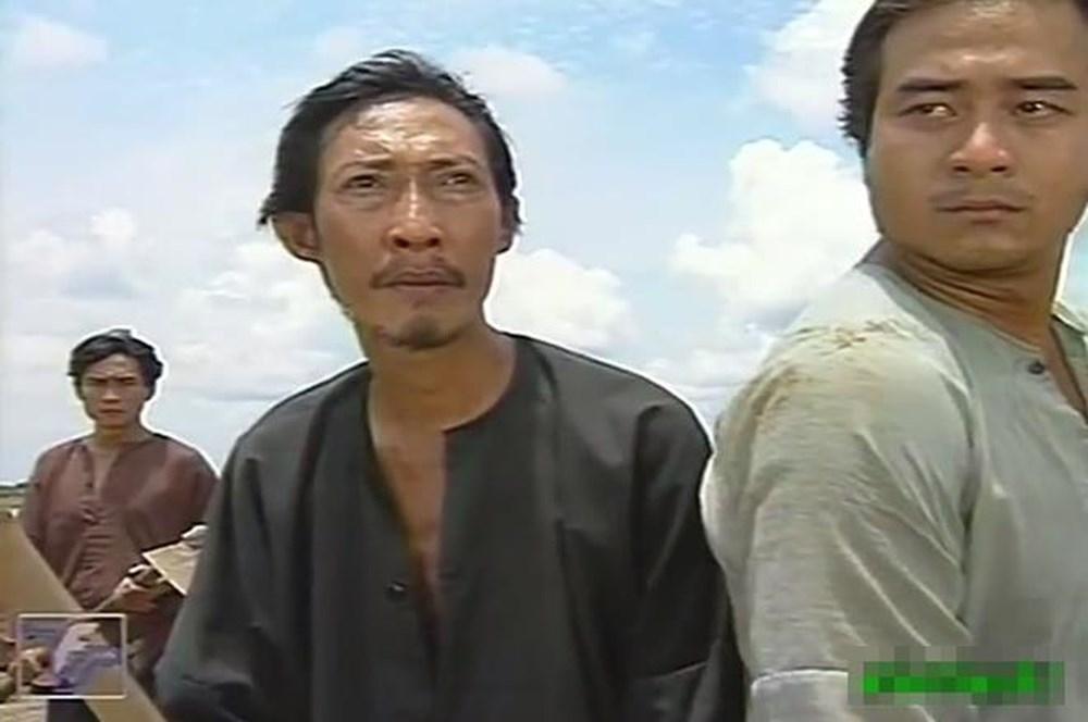 Dù bản thân đang bệnh nặng, cách nghệ sĩ Lê Bình chia sẻ nỗi đau với diễn viên Hoàng Lan vẫn khiến nhiều người rơi lệ-7