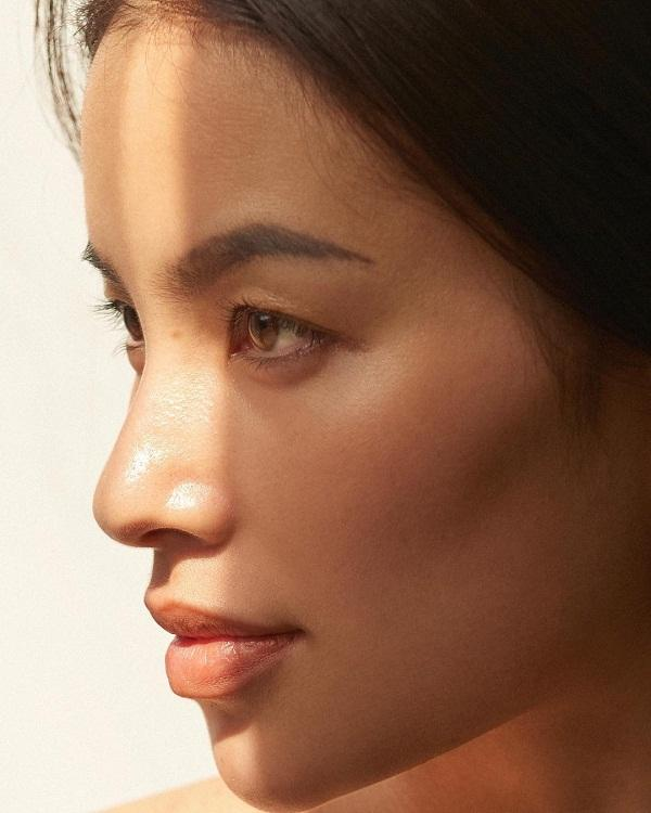 Điểm đặc biệt của hoa hậu Phạm Hương từ khi sang Mỹ: Mạnh dạn khoe mặt mộc 100% bất chấp khen chê-2
