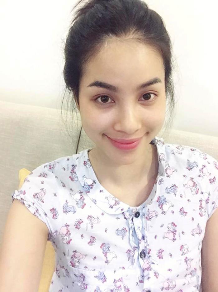 Điểm đặc biệt của hoa hậu Phạm Hương từ khi sang Mỹ: Mạnh dạn khoe mặt mộc 100% bất chấp khen chê-11