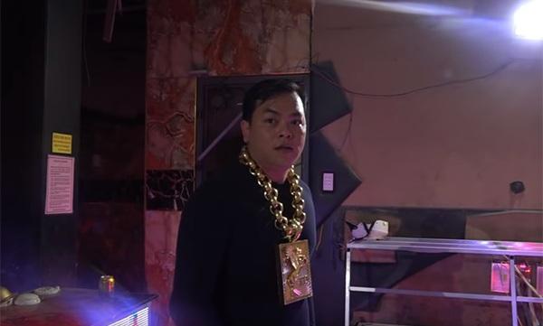 Bên trong phòng karaoke Phúc XO làm chủ: Không gian ảo, TV 200 inch ném ly vào không vỡ-5