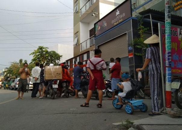 Nóng: Công an đang khám xét nơi ở của Phúc XO tại Sài Gòn-3