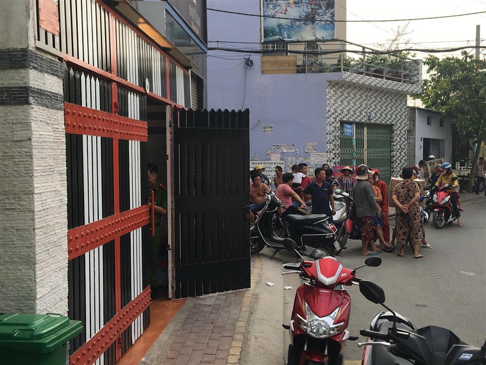 Nóng: Công an đang khám xét nơi ở của Phúc XO tại Sài Gòn-4