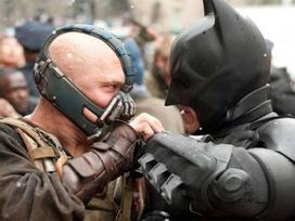 Tổng thống Trump bị khiếu nại bản quyền vì dùng nhạc phim về 'Batman'
