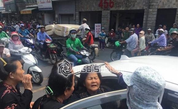 Mẹ cố nghệ sĩ Anh Vũ đã khỏe lại và xuất hiện trong lễ tang con trai-3