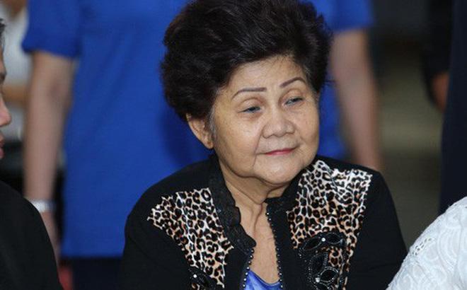 Mẹ cố nghệ sĩ Anh Vũ đã khỏe lại và xuất hiện trong lễ tang con trai-4
