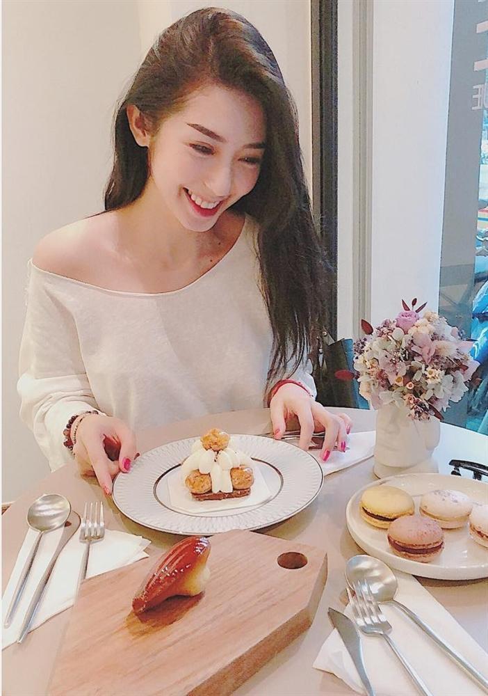 Hoa hậu HHen Niê than thở không thích chụp hình mà cứ bắt diễn-5