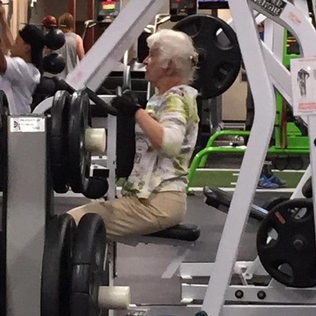 Chùm ảnh vui về thời trang (P2): 1001 tình huống bi hài ở phòng tập gym-5