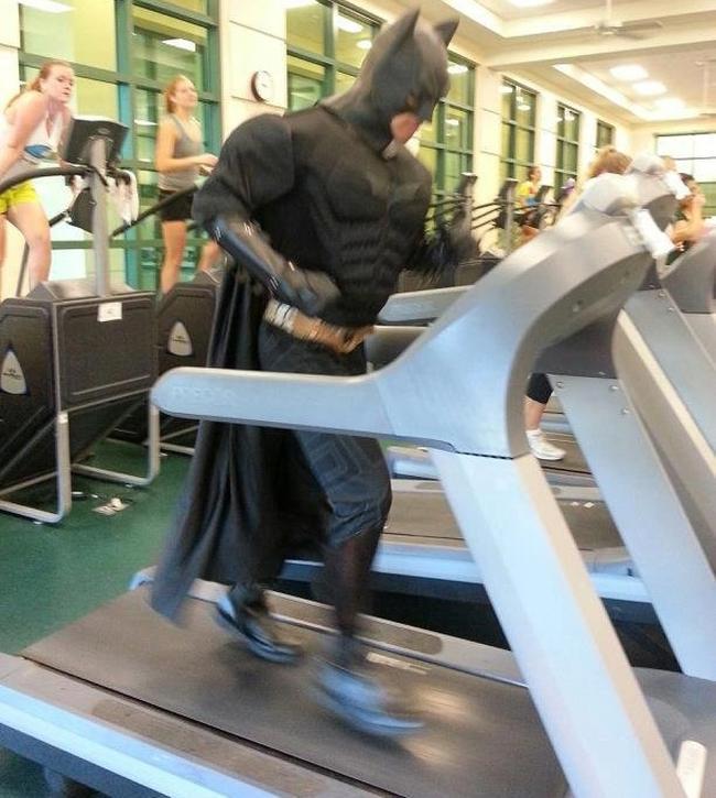 Chùm ảnh vui về thời trang (P2): 1001 tình huống bi hài ở phòng tập gym-6