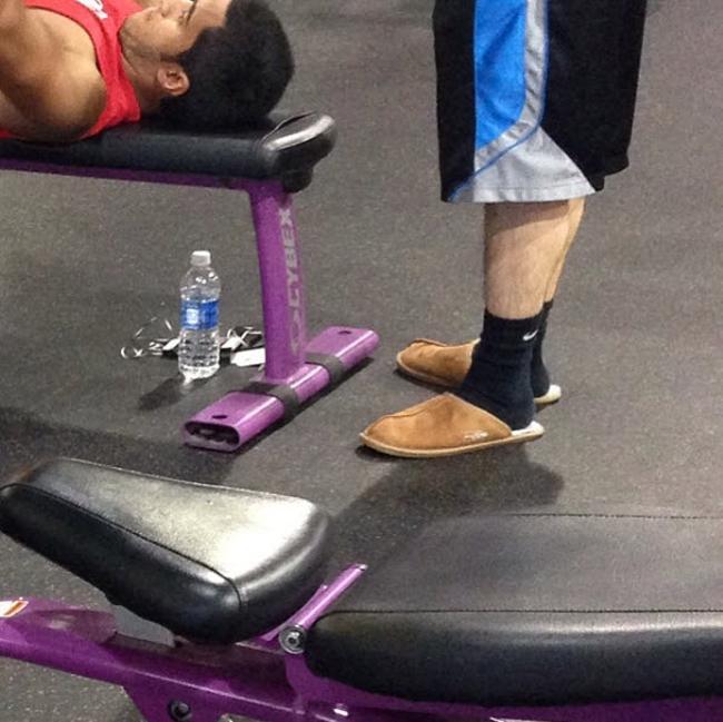 Chùm ảnh vui về thời trang (P2): 1001 tình huống bi hài ở phòng tập gym-12