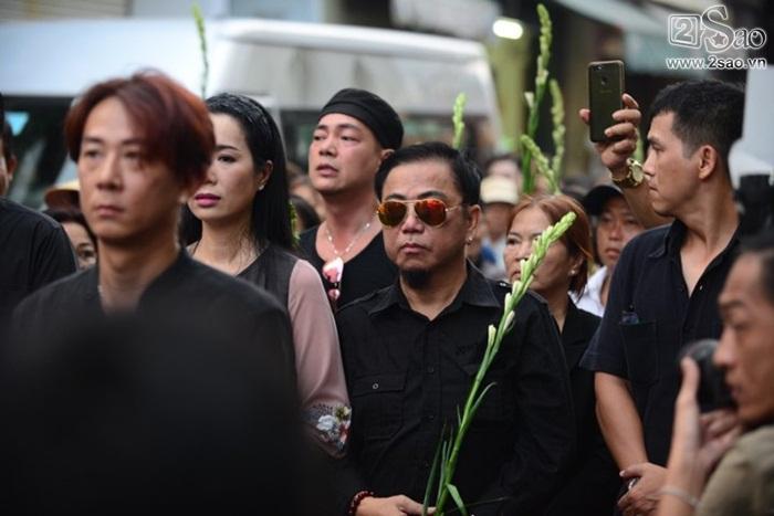Trịnh Kim Chi - Minh Nhí - Hồng Tơ âu sầu trong dòng người tiễn đưa-3