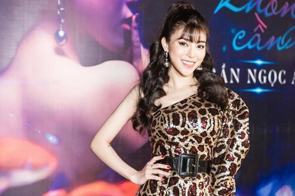 Quán quân The Voice 2018 Trần Ngọc Ánh tiết lộ giá đi sự kiện của Noo Phước Thịnh khiến ai nấy bật cười-2