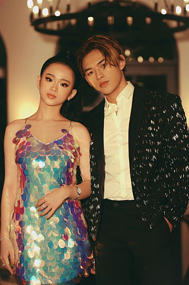 Giọng ca mạnh dạn mời Linh Ka đóng MV đầy rẫy cảnh nóng chẳng ngại bị gọi là Chi Pu version nam-3