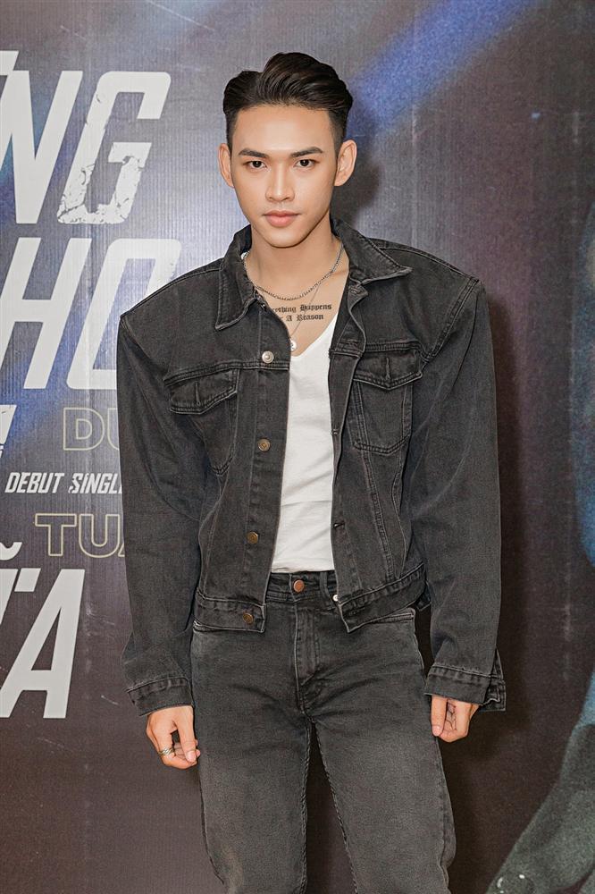 Giọng ca mạnh dạn mời Linh Ka đóng MV đầy rẫy cảnh nóng chẳng ngại bị gọi là Chi Pu version nam-2