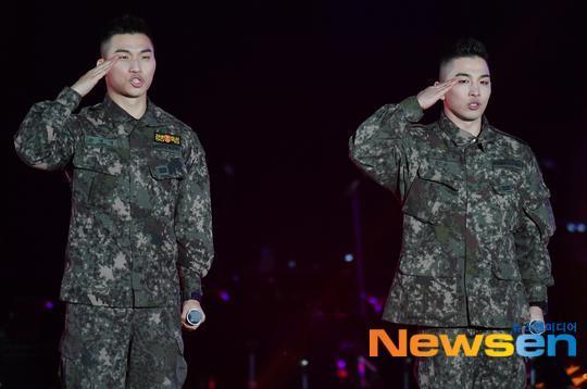 Bất chấp chuỗi bê bối chấn động của Seungri, 2 mảnh Big Bang đốt cháy sân khấu buổi hòa nhạc quân đội-4
