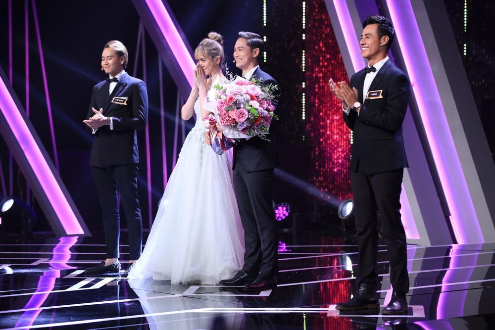 Hương Giang thèm khát CEO cực phẩm nhưng không ngờ anh ấy lại nhận hoa của hot girl Mi Lan-6