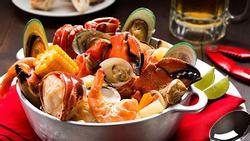Đổi bữa cho gia đình với hải sản sốt thập cẩm trong ngày nghỉ lễ