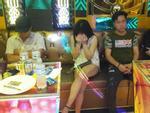 Phúc XO khai chỉ đạo nhân viên cho khách mang ma tuý vào quán sử dụng