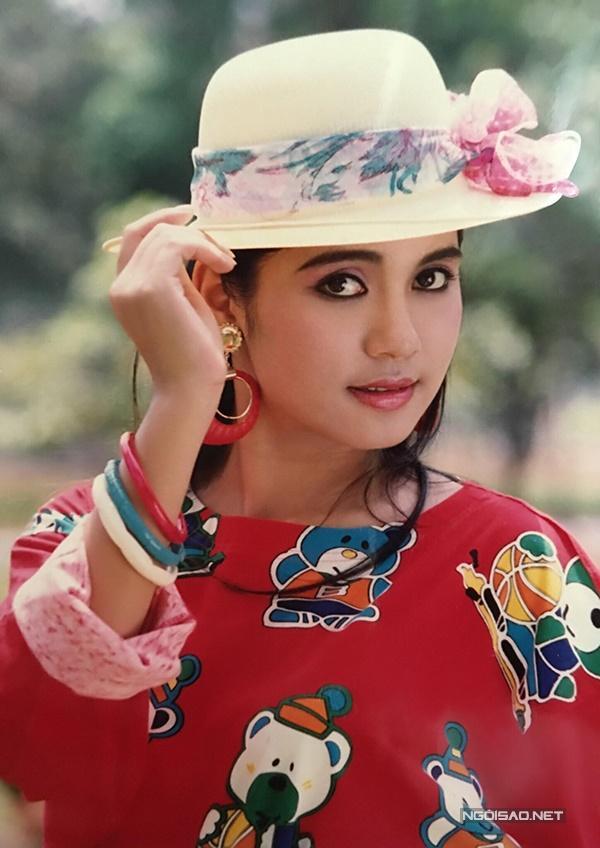 Vua ảnh lịch tiết lộ ảnh Việt Trinh thập niên 90-6