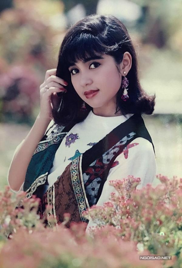 Vua ảnh lịch tiết lộ ảnh Việt Trinh thập niên 90-9
