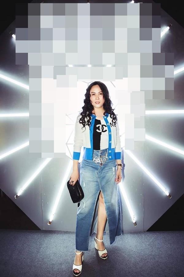 Phượng Chanel dát đồ hiệu như hàng chợ - HHen Niê khoe dáng chuẩn không ai bằng nhưng vẫn lọt top SAO MẶC XẤU-4