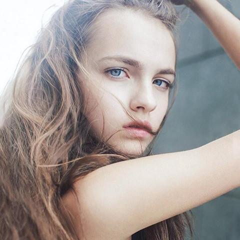 4 hot girl Ukraine xinh như búp bê nổi tiếng với dân mạng Việt Nam-11