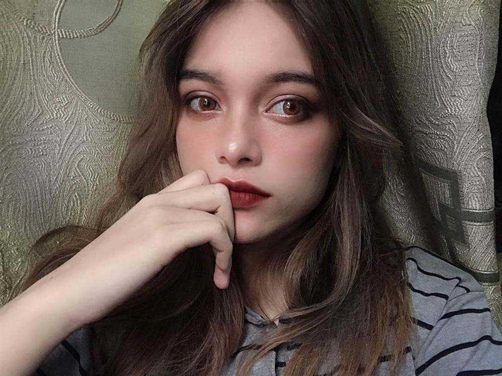 4 hot girl Ukraine xinh như búp bê nổi tiếng với dân mạng Việt Nam-4