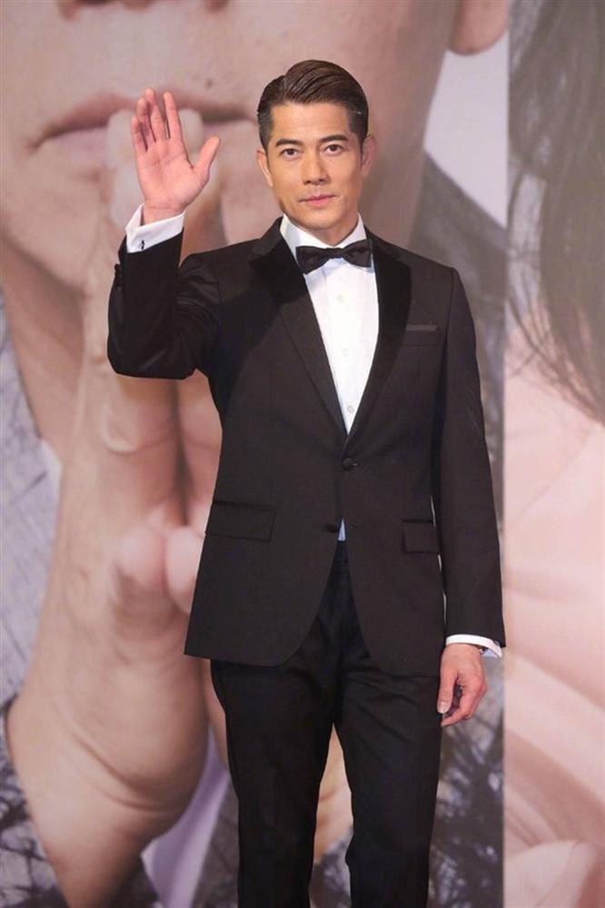 Thảm đỏ Oscar Hong Kong 2019: Song Hye Kyo đọ sắc với Hồ Định Hân, Thái Trác Nghiên-2