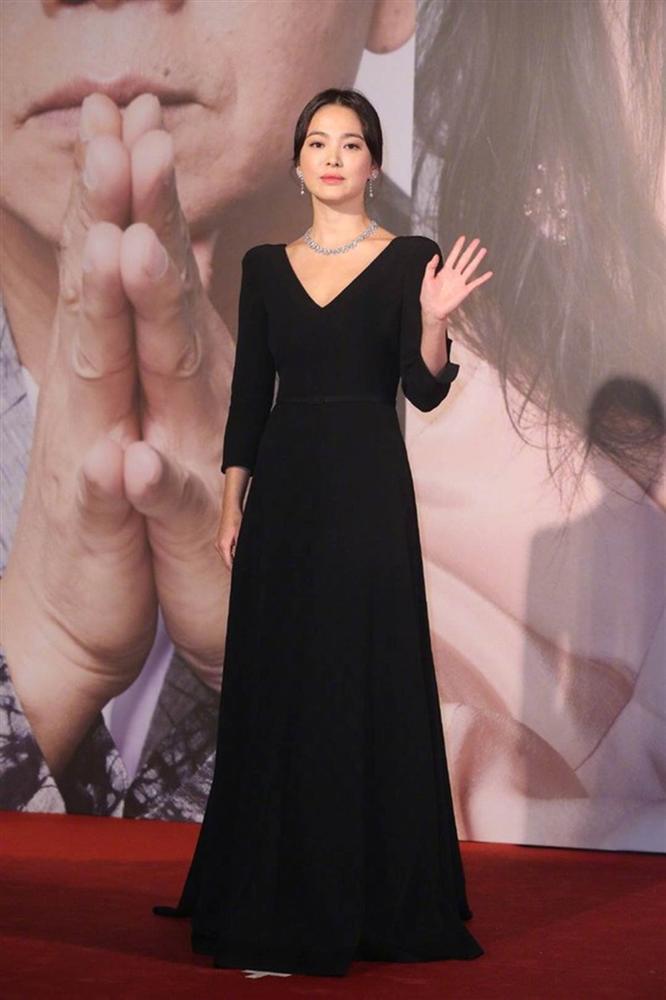 Thảm đỏ Oscar Hong Kong 2019: Song Hye Kyo đọ sắc với Hồ Định Hân, Thái Trác Nghiên-10