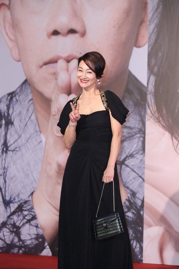Thảm đỏ Oscar Hong Kong 2019: Song Hye Kyo đọ sắc với Hồ Định Hân, Thái Trác Nghiên-11