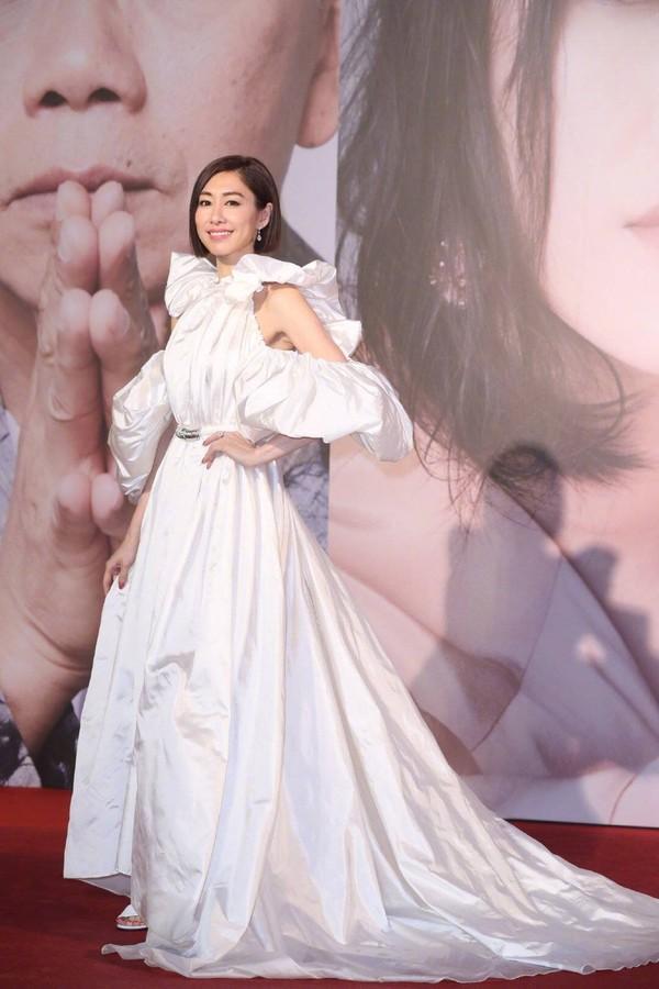 Thảm đỏ Oscar Hong Kong 2019: Song Hye Kyo đọ sắc với Hồ Định Hân, Thái Trác Nghiên-13
