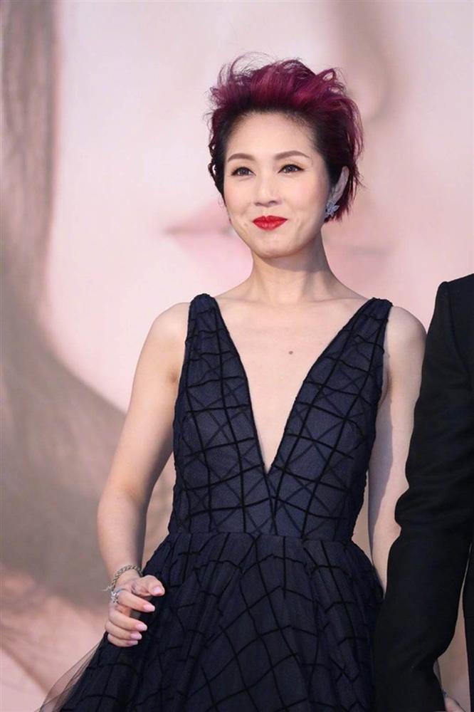 Thảm đỏ Oscar Hong Kong 2019: Song Hye Kyo đọ sắc với Hồ Định Hân, Thái Trác Nghiên-18