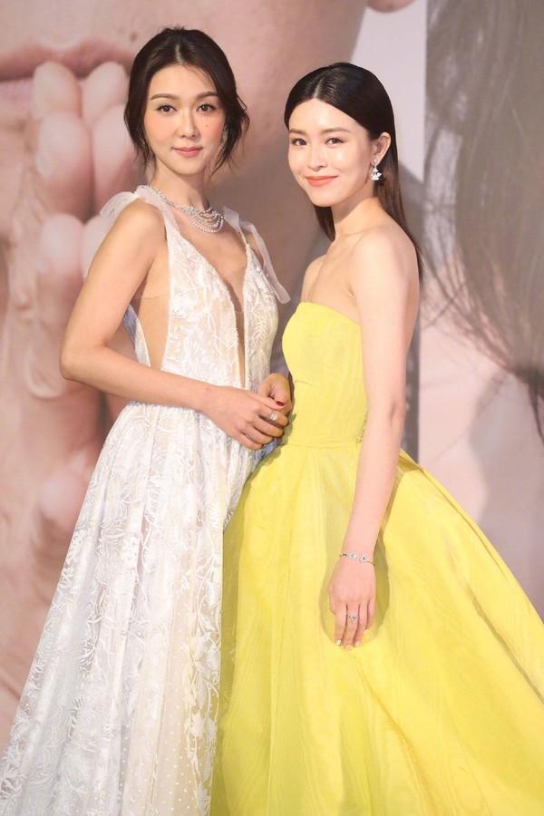 Thảm đỏ Oscar Hong Kong 2019: Song Hye Kyo đọ sắc với Hồ Định Hân, Thái Trác Nghiên-23