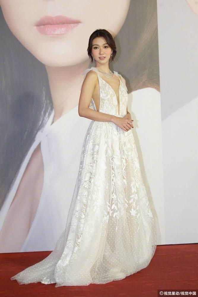 Thảm đỏ Oscar Hong Kong 2019: Song Hye Kyo đọ sắc với Hồ Định Hân, Thái Trác Nghiên-24